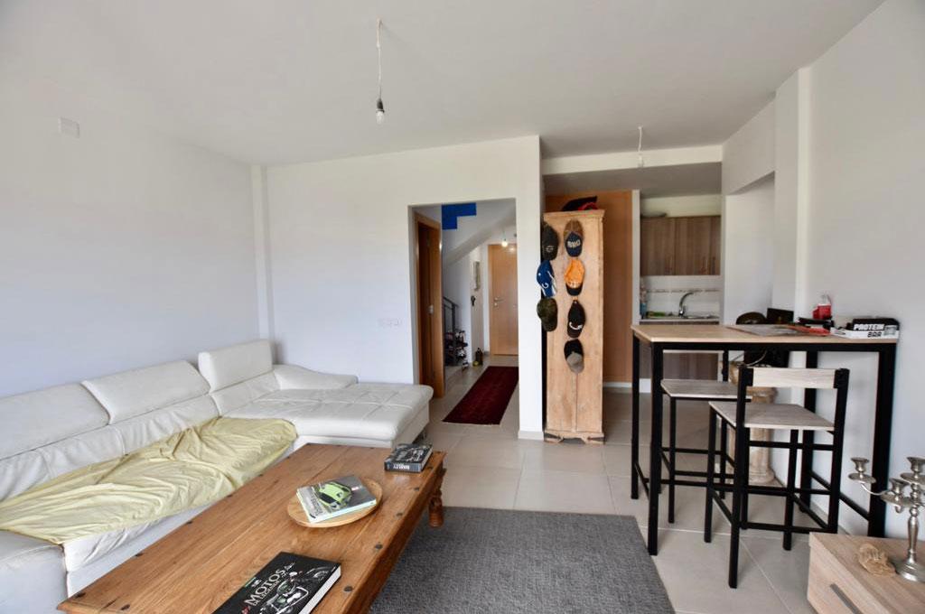 Duplex neuf Buzanada